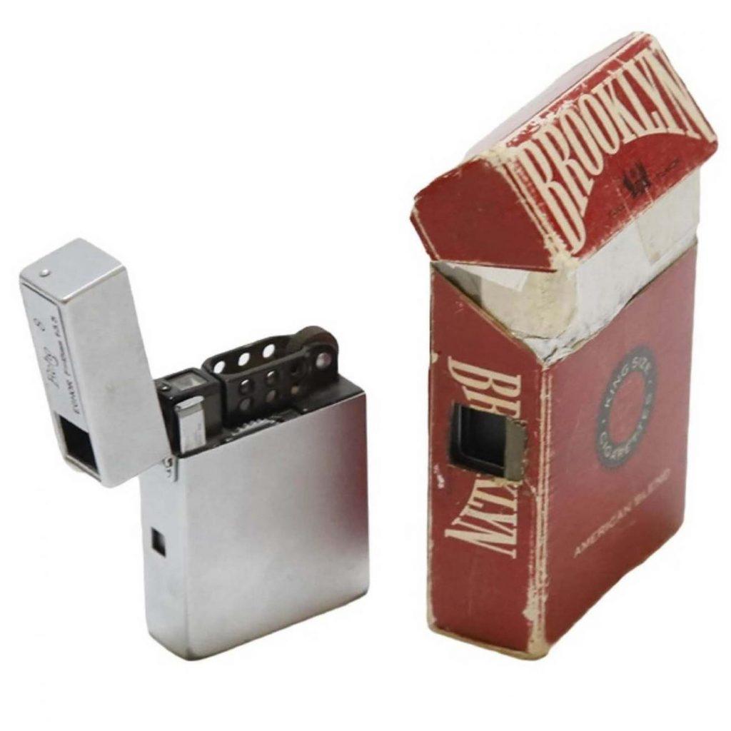 Caméra d'espionnage plus légère ECHO 8 (1951 à 1956). Caméra d'espionnage